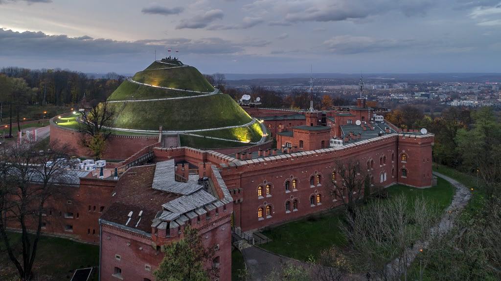 Filmowanie-z-powietrza-Krakow-kopiec