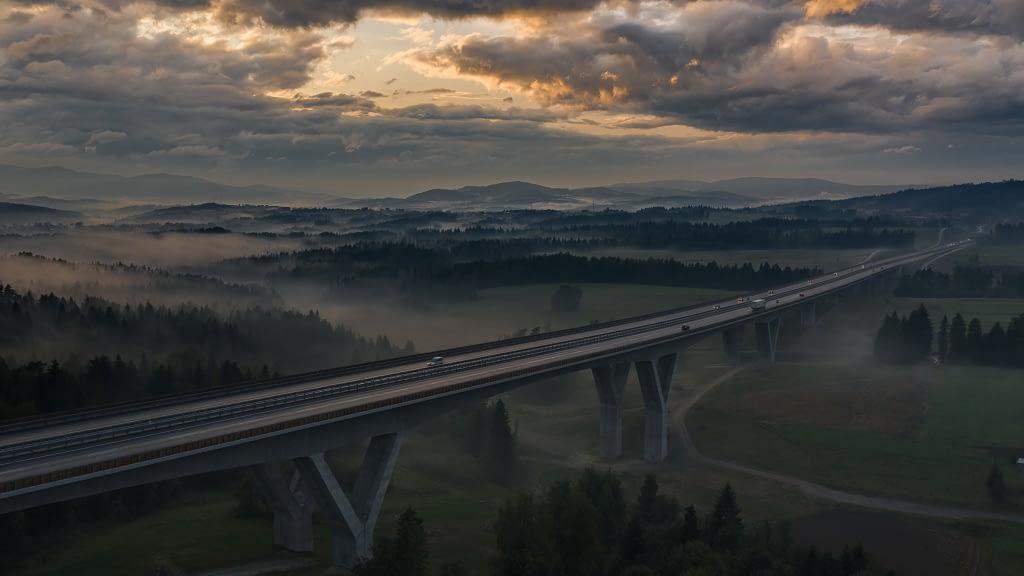 fotografia-z-powietrza-most-architektura